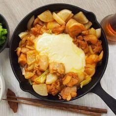 韓国で話題沸騰中♩今年のいちおし、チーズタッカルビの作り方! - macaroni