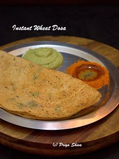 This is a quick recipe to make some instant dosas with wheat flour. This recipe is especially helpful when you are in a hurry. You can also use leftover dosa batter in place of rice flour. So, enjo… Fast Food Breakfast, Indian Breakfast, Breakfast For Dinner, Breakfast Recipes, Breakfast Ideas, Indian Street Food, South Indian Food, North Indian Recipes, Indian Food Recipes