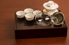 The koi gaiwan is gorgeous! I think this would be a great starter for FyreTyde!