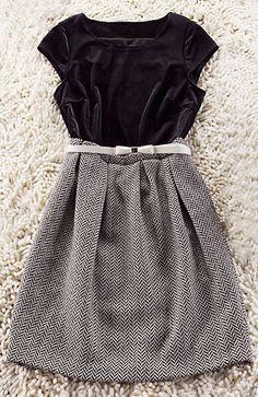 39cb4eb7da2 Black Round Neck Short Sleeve Zigzag Dress - Sheinside.com Zig Zag Dress