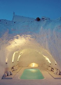 Cave Hot Tub in Katikies Hotel, Santorini, Greece