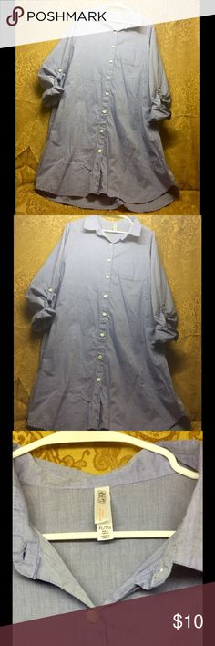 EUC XL Gilligan & O'Malley Button down Tunic Pretty Light Blue Button down Tunic. Great Condition! Brand: Gilligan O'Malley. Size: Extra Large. Very gently used. Slightly wrinkled from being in storage. Non-smoking home with no pets. Bundle2Save Gilligan & O'Malley Tops Blouses
