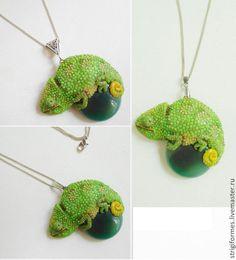 Зеленый хамелеон. Handmade.