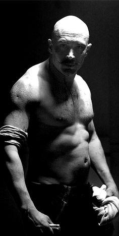 Tom Hardy - Bronson
