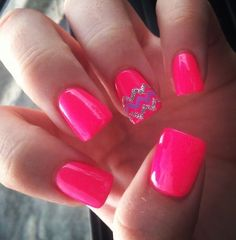 <3 Hot Pink with a little chevron! Love!