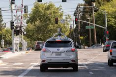 Google's self-driving car passes 700,000 accident-free miles, can now avoid cyclists, stop at railroad crossings