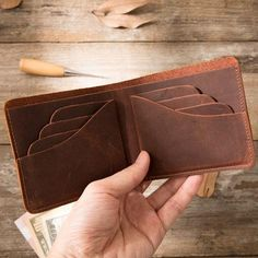 Brown Cool Leather Mens Small Wallet Bifold Vintage Slim Short Wallet for Men Mens Long Leather Wallet, Leather Card Wallet, Leather Briefcase, Leather Men, Leather Bags, Men's Briefcase, Leather Wallets, Leather Gloves, Vintage Leather