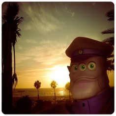 Admiral Tomo on holiday in Santa Monica. #santamonica #california #vacation #sunset #spacesports Santa Monica, California, Vacation, Sunset, Holiday, Sports, Fun, Character, Inspiration