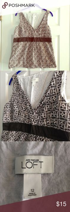 """LOFT Blouse Gently worn Ann Taylor LOFT brown/white Sleeveless shirt size L. Measures 18"""" across bust, 17"""" across waist, and 22"""" across hips, and is 26"""" in length. Zips on the side. LOFT Tops Blouses"""
