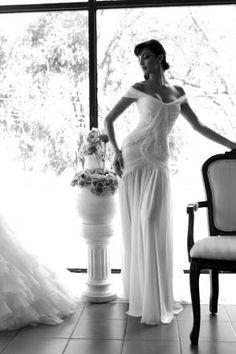 El diseño de modas de Daniel Moreira: exquisitos objetos de deseo: http://noviaticacr.com/el-diseno-de-modas-de-daniel-moreira-exquisitos-objetos-de-deseo/ #bridalgown #bridaldress #weddingdress #pinkweddingdress #blushweddingdress