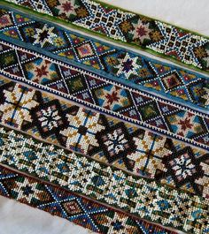 Beadwork on tracks Beaded Embroidery, Cross Stitch Embroidery, Embroidery Patterns, Crochet Patterns, Cross Stitch Charts, Cross Stitch Patterns, Textiles, Needlework, Bohemian Rug
