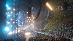 RT @MarkWaite1959: Finale at RLA @rodlaverarena @QueenWillRock @DrBrianMay pic.twitter.com/yARw6sqHLs