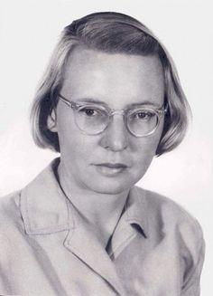 La astrónoma Ruby Violet Payne-Scott (1912–1981) nació un 28 de mayo.