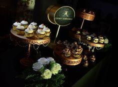 Mesa de Cupcakes de Red Velvet y Ferrero Rocher ❤️ #RosaMentaBakery #HorneadosConAmor