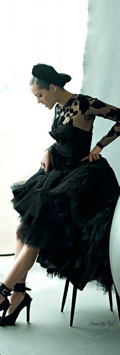 McQ Alexander McQueen ● Marion Cotillard