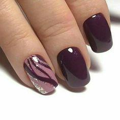 OMG this is so New Metallic Nail Art Design Trends PhotoBlack and silver nails my favourite festive christmas nail art designs 8 > Burgundy Nail Designs, Burgundy Nails, Gel Nail Designs, Purple Nail Art, Pink Nails, Autumn Nails, Winter Nails, Stylish Nails, Trendy Nails