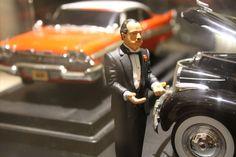 Os automóveis mais famosos da TV e do cinema estacionaram no Shopping SP Market. Cerca de 40 miniaturas de veículos mundialmente conhecidos em filmes, seriados e desenhos animados, ocupam as vagas da Praça de Eventos até o dia 5 de agosto.