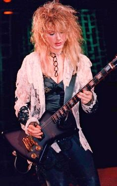 Female Guitarist, Female Singers, Hard Rock, Nancy Wilson Heart, Wilson Sisters, Lita Ford, Women Of Rock, Guitar Girl, John Taylor