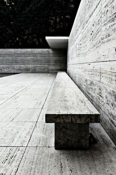 mies van der rohe pavilion in barcelona - so cool seeing it immediately after learning about it (Cool Places Barcelona Spain) Gothic Architecture, Architecture Details, Landscape Architecture, Interior Architecture, Interior And Exterior, Landscape Design, Concrete Architecture, Interior Design, Bauhaus