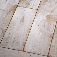 Parquet Chêne massif - Collection LOFT Hardwood Floors, Flooring, Loft, Tile Floor, Collection, My Dream House, Solid Oak, Drawing Rooms, Wood Floor Tiles