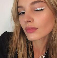 ☾Pinterest : @NatachaSun #makeupideaseyeliner