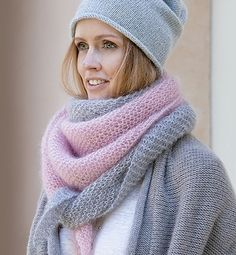 Winter is over and you have not even started knitting? No problem. Winter is over and you have not even started knitting? No problem, here are the perfect knitting instructions for the be. Easy Knitting, Knitting Patterns Free, Crochet Patterns, Knitted Shawls, Crochet Shawl, Crochet Capas, Crochet Diy, Knitwear, Textiles