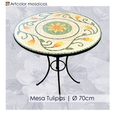 Ateliê Artcolor mosaicos: Mesas em mosaico - Modelos                                                                                                                                                                                 Mais Mosaic Diy, Mosaic Crafts, Mosaic Projects, Mosaic Tiles, Mosaics, Mosaic Rocks, Mosaic Glass, Stained Glass, Mosaic Outdoor Table