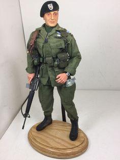 1/6 BBI US GREEN BERET JOHN WAYNE VIETNAM SPC FRCS M-16 +STAND SIDESHOW DRAGON #BlueBoxToys