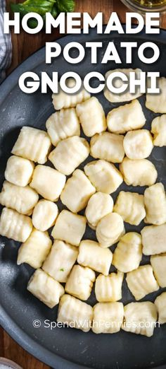 Homemade gnocchi is positively fail-proof! Made with a handful of ingredients this simple homemade pasta recipe is a family favorite. Serve tossed in pesto, baked in cheese, or on its own! Potato Gnocchi Recipe, Potato Pasta, Potato Dishes, Pasta With Potatoes, Best Gnocchi Recipe, Potato Recipes, Pasta Casera, Vegetarian Recipes, Cooking Recipes