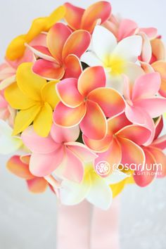 ロザリウム(Rosarium) プルメリアのアーティフィシャルフラワーブーケ