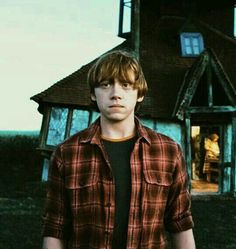 ron weasley harry potter film MY EDIT dh deathly hallows molly weasley hp hpedit Harry Potter Ron Weasley, Harry Potter Tumblr, Ron And Hermione, Harry Potter Characters, Harry Potter World, Hermione Granger, Fans D'harry Potter, Potter Facts, Hogwarts