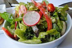 Salada com Molho de Aveia, Grão de Bico e Gergelim ~ Veganana