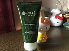 REVIEW: Organic Harvest 3 in 1 Facewash