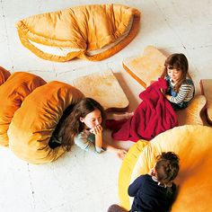 breads' blankets & cushions
