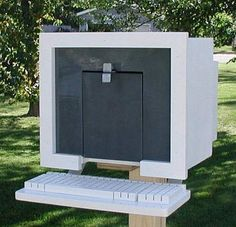 Mail Boss presents the edition of the best mailbox art from around the web, featuring wacky and weird mailboxes, creative DIY mailboxes and more. Funny Mailboxes, Home Mailboxes, Unique Mailboxes, Diy Mailbox, Mailbox Ideas, Mailbox Designs, Metal Mailbox, Mailbox Post, Mail Boss