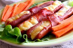 Cremvusti umpluti Romanian Food, Hot Dogs, Hamburger, Sausage, Cooking Recipes, Fish, Mai, Appetizers, Sausages