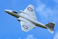English Electric Canberra by Daniel-Wales-Images on DeviantArt English Electric Canberra, South African Air Force, Metal Birds, Royal Air Force, German Army, Air Show, Royal Navy, Colour Schemes, Military Aircraft