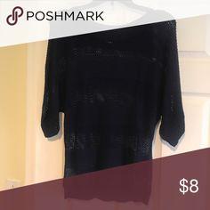 Light short sleeve sweater Medium short sleeve sweater Forever 21 Sweaters Crew & Scoop Necks