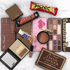 "498 Likes, 17 Comments - Beauty Content Creator (@makeupprettythings_) on Instagram: ""Did someone say..world chocolate day? Oh yes.. That means put on some delish bronzer and have some…"""