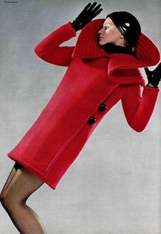 Pierre Cardin, Fall 1969, L'Officiel - Photographer: Patrick Bertrand