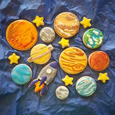Hey There!  This listing is for Solar System Shortbread Cookies that are out of this world! Cookies are 1-3 1/2 in size. This Listing Includes: 8-