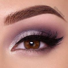 There is nothing more versatile than eye makeup. Are you one of those who thinks that knows nothing about makeup? Then you have come to the right place! #makeup #makeuplover #makeupjunkie #eyemakeup #eyeshadowsideas