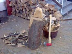 Mywoman.at: marieblue: Holz hacken..., Woman Leserin