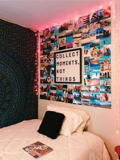 51 Elegant Dorm Room Decorating Ideas Decorating a dorm room can be a scary thin Teen Room Decor Ideas decorating dorm elegant Ideas Room scary thin Cute Room Ideas, Cute Room Decor, Diy Bedroom Decor For Teens, Bedroom Diy Teenager, Diy Room Ideas, Picture Room Decor, Cheap Room Decor, Photo Room, Room Decor With Pictures