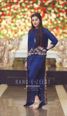 Order contact my WhatsApp number 7874133176 Walima Dress, Shadi Dresses, Pakistani Formal Dresses, Pakistani Dress Design, Pakistani Clothing, Latest Bridal Dresses, Desi Wedding Dresses, Fancy Dress Design, Bridal Dress Design