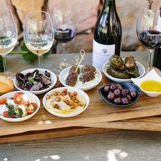 Small-town fever: 10 of the Western Cape's favourite countryside restaurants Countryside Restaurant, Restaurant Guide, Small Towns, Beef, Dining, Food, Meat, Essen, Ground Beef