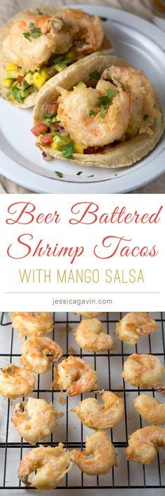 Beer battered shrimp tacos with mango salsa and sriracha sauce | jessicagavin.com #tacotuesday