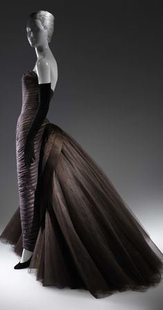 """Butterfly"" ball gown, from around 1955. By Charles James, The Metropolitan Museum of Art ht"
