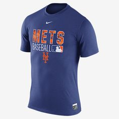 REPRESENT YOUR TEAM The Nike AC Legend Team Issue (MLB Mets) Men's T-Shirt delivers total comfort in the stands or on the street. Benefits Dri-FIT fabric helps keep you dry and comfortable Rib crew neck with interior taping for durability Product Details MLB Authentic Collection Fabric: Dri-FIT 100% polyester Machine wash Imported