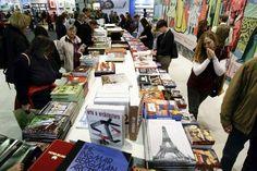 Kitap dostu MrMaana gururla sorar:  25 Mayıs Cumartesi günü (bugün), Türkiye'nin hangi ilinde ilk kez kitap fuarı açılmıştır?  A ) Diyarbakır  B ) Van  C ) Tunceli  D ) Bingöl  Ödüllü yarışmalarımıza hemen katılmak için: www.mrmaana.com  ücretsiz üyelik, sınırsız yarışma hakkı